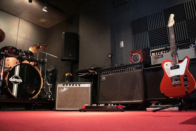 1969年製 Fender Princeton Reverb、Roland JC-120、Mesa Boogie Mark-V