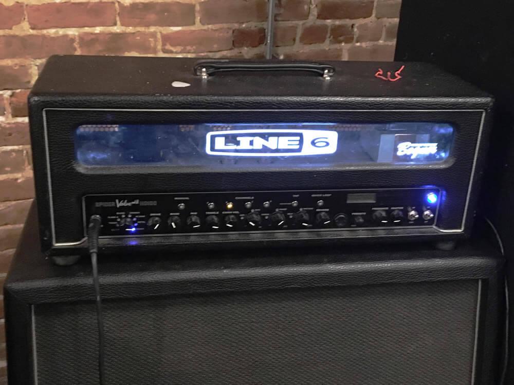 LINE6のアンプヘッド